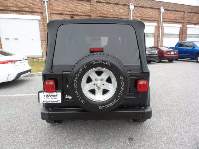 Pre-Owned 2006 Jeep Wrangler Sport