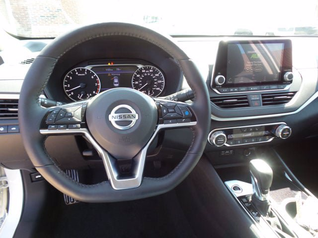 New 2020 Nissan Altima 2.5 SV