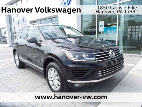 Certified Pre-Owned 2016 Volkswagen Touareg Sport w/Technology